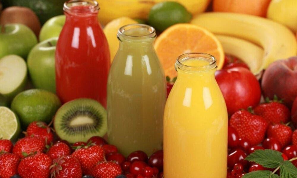 Zumos de frutas azucaradas pueden ser dañinos y perjudiciales