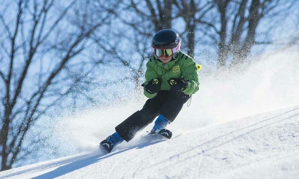el esquí es una de las actividades de invierno más conocidas