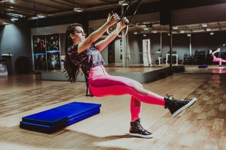 ejercicios piernas en trx