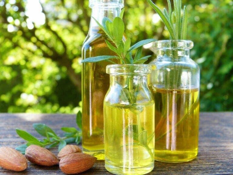 Las propiedades del aceite de almendras son buenas para el cabello y la piel