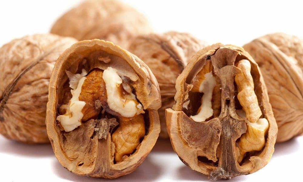 Beneficios de comer nueces de forma regular