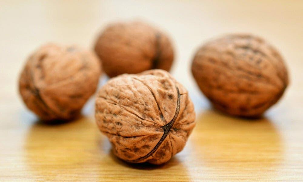 Propiedades de las nueces que ayudan a mejorar la salud y prevenir enfermedades