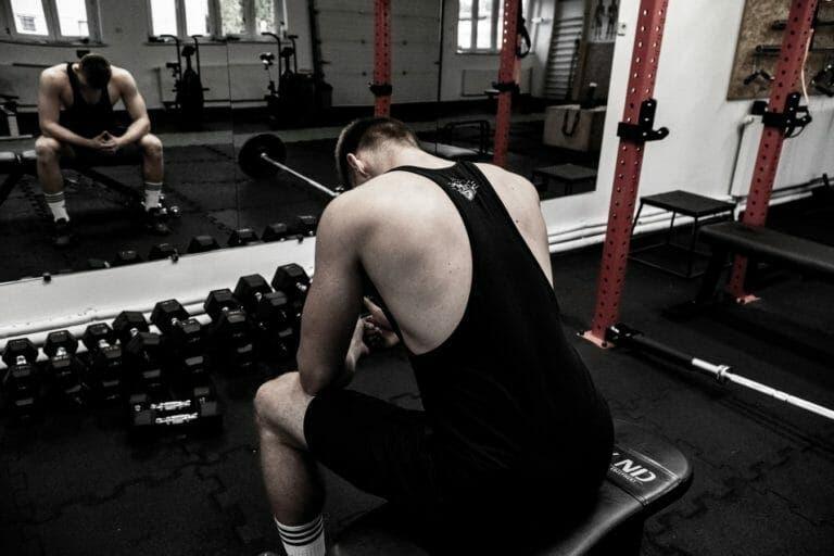 entrenar espalda en casa